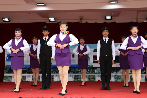 甘肃铁路技术学校介绍高速铁路客运乘务专业